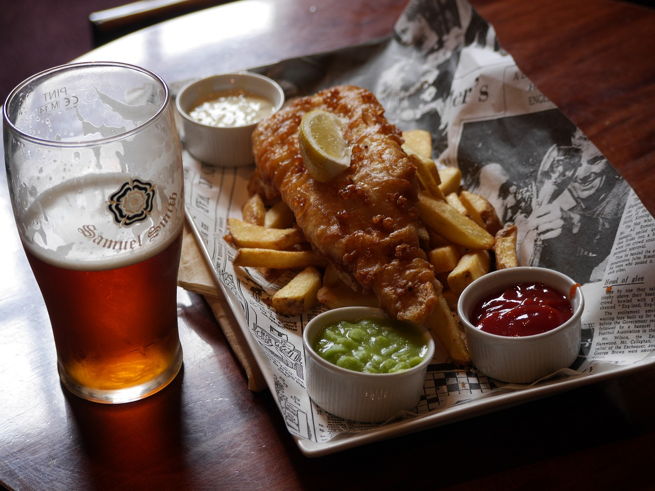best-foods-to-pair-with-craft-beer